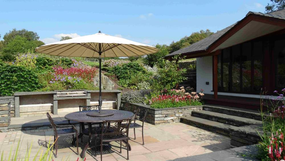 The Cottage at Hill Top - The Courtyard Garden and Pavilion Games Room